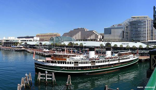 Darling_Harbour_Sydney_1.jpg