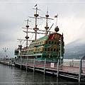 河口湖海賊船