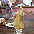 宜蘭-豬籠草果凍茶