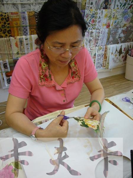 拼貼Decoupage蝶古巴特-卡夫卡拼貼彩繪藝術彩繪商品製作過程03.jpg