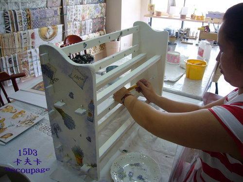 拼貼Decoupage蝶古巴特-卡夫卡拼貼彩繪藝術彩繪商品-美式風格鑰匙箱製作過程3.1.jpg