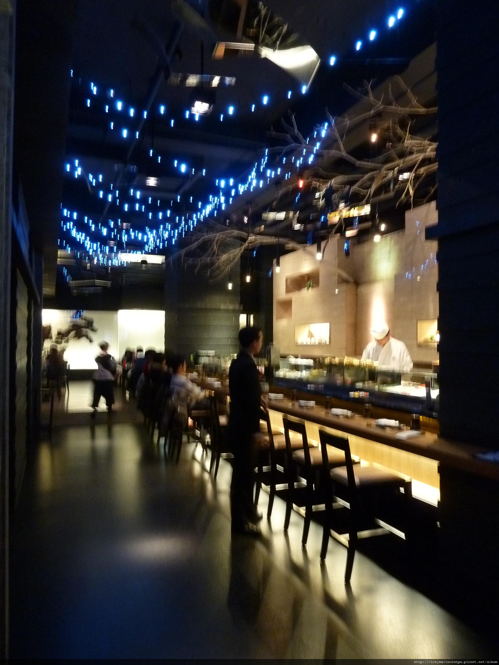 裝璜像個日式lounge bar