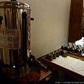大廳溫暖好喝的烏梅汁不可錯過