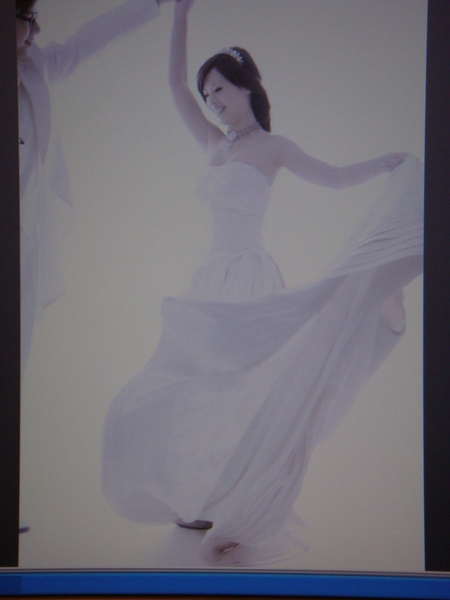 婚紗搶先看之二~麻麻翩翩起舞