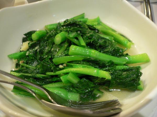 炒時蔬是油菜花