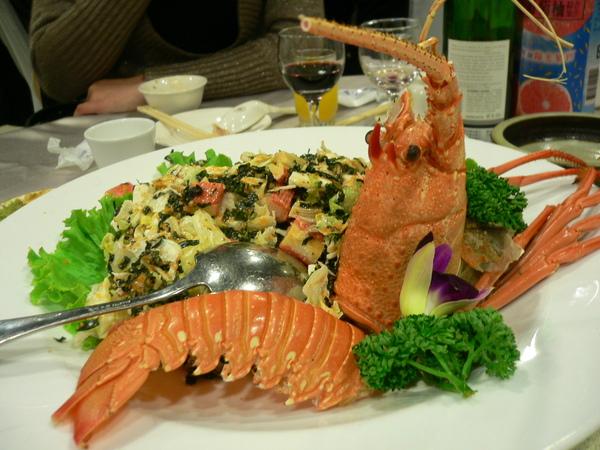 龍蝦沙拉~多加了蟹肉棒撐場面