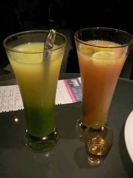 綠森林果汁 + 香柚鮮果汁