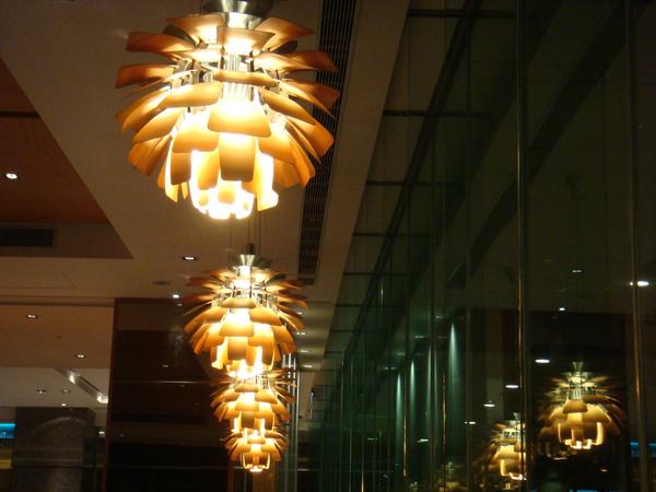 像毬果的燈