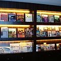 雜誌跟DVD區