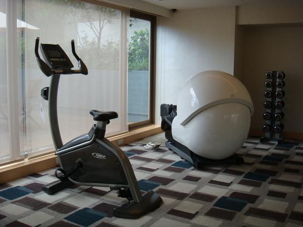 健身房有太空艙!