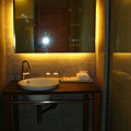 浴室跟廁所是分開的