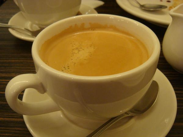 濃烈的熱咖啡