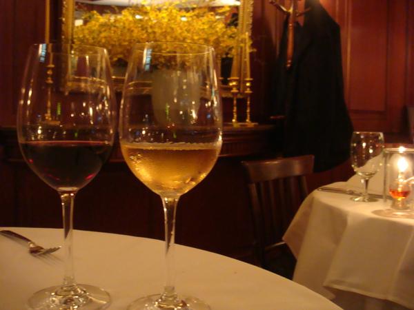 慶祝情人節~點了紅酒&白酒
