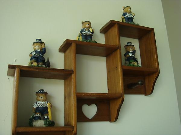 陽台區的小熊裝飾