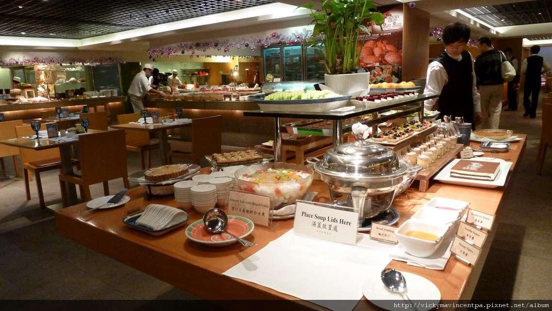 B-One自助餐就在西華飯店地下一樓(B1)