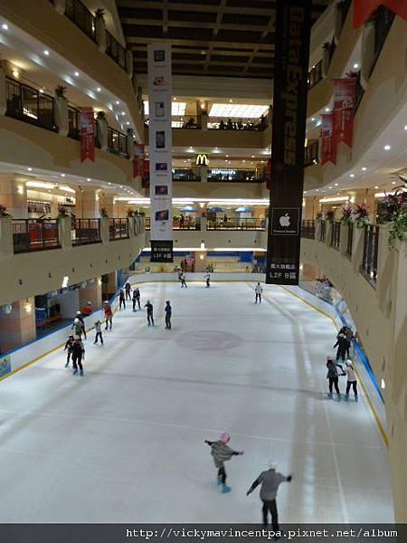 Mall C區的冰星球