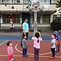 17'12'24中山國小打籃球時間,今天辛苦黃教練了!