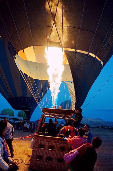 土耳其卡帕多其亞熱氣球07.jpg