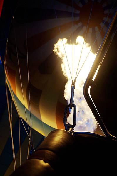 土耳其卡帕多其亞熱氣球08.jpg