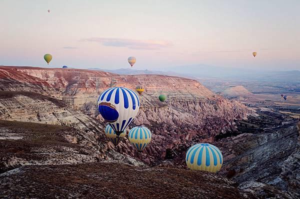 土耳其卡帕多其亞熱氣球19.jpg