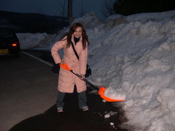 017_嘿嘿....剷雪囉....