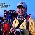 在玉山主峰等待日出.jpg