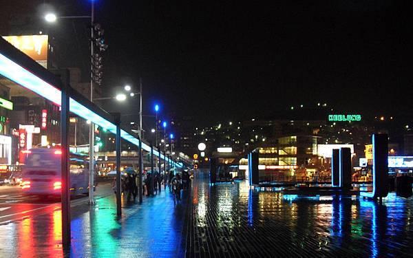 雨中夜景.jpg