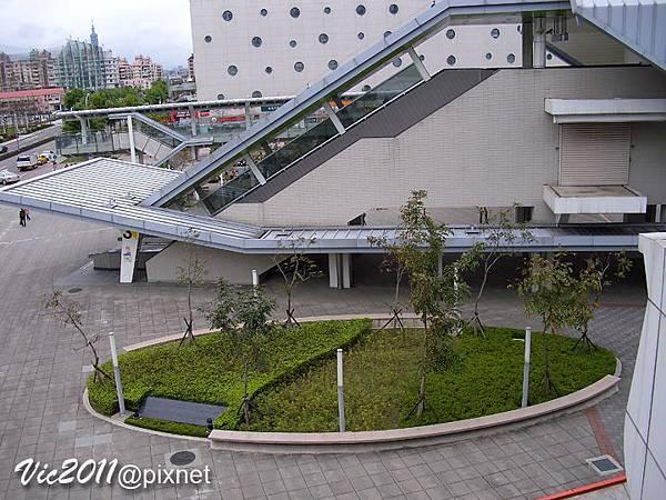 MRT-0909.jpg