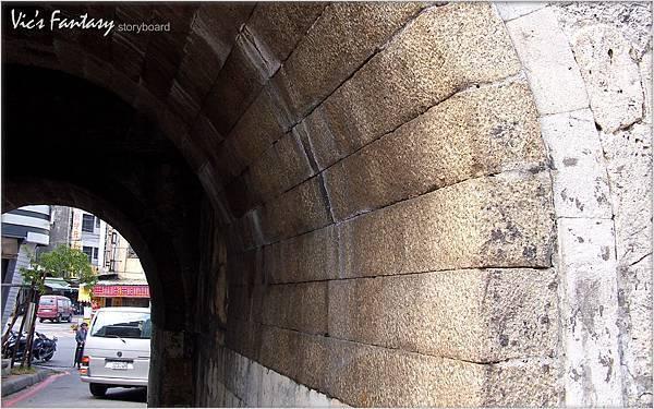 12-左營舊城北門.jpg