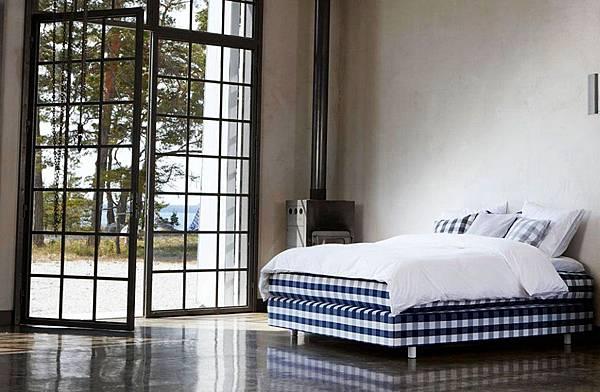 Hastens-Auroria-Continental-style-Bed_4