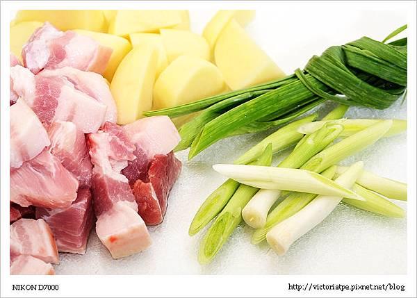土豆燒肉-03.JPG