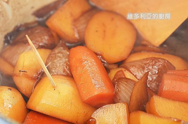 馬鈴薯燉肉-10.jpg