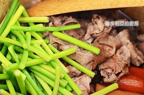 馬鈴薯燉肉-11.jpg