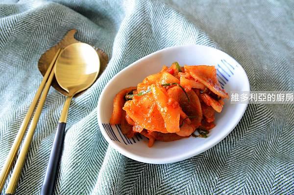 韓式醃蘿蔔-01.jpg