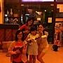烏克麗麗、電吉他老師與學生愛子和兆玄小朋友