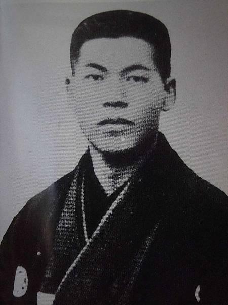 擔任東京毎夕新聞社記者的吉川英治.JPG