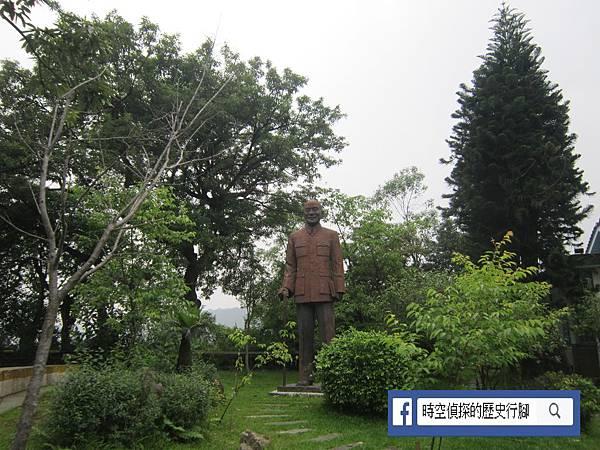 蔣公銅像.JPG