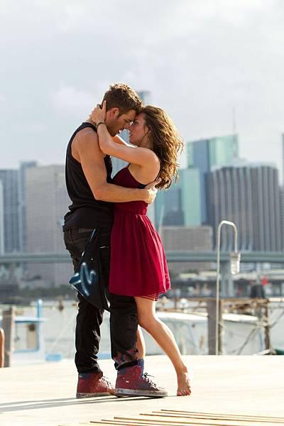 【舞力全開4 3D】監製亞當夏克曼看好兩人情愫從戲裡延伸至戲外