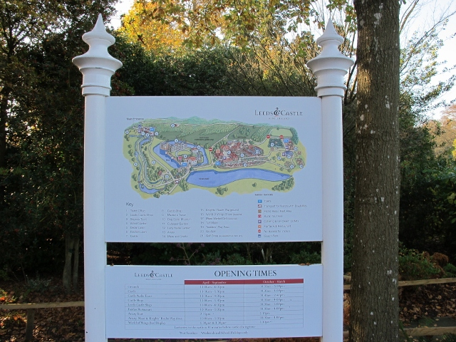 麗池城堡標示牌