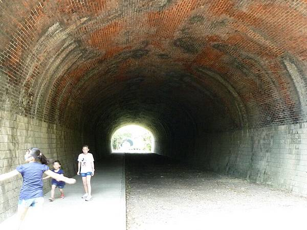 崎頂 子母隧道31