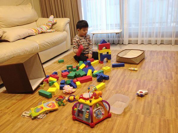 1-2玩具散亂的情形