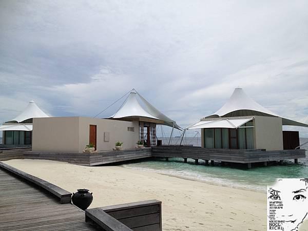 MALDIVES 444