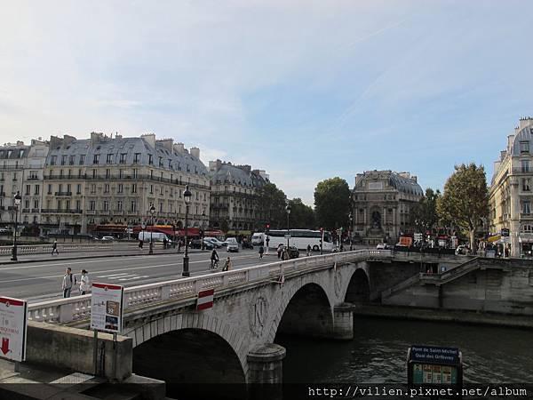 2014_Paris 1322.JPG