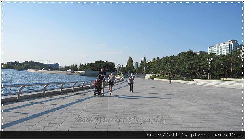 20120906D5_587
