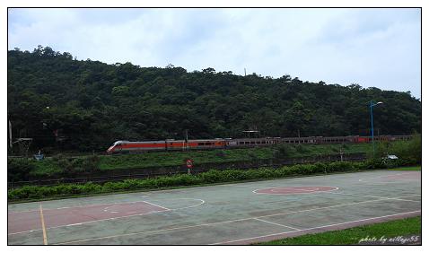 火車快飛.jpg