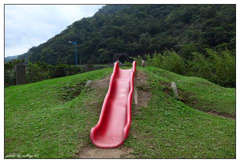 三段式滑梯.jpg