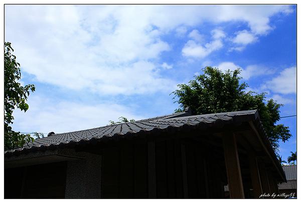 日式屋瓦.JPG