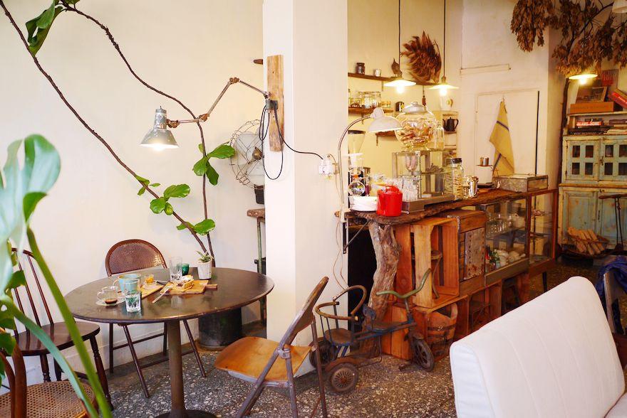 【新北】懷念的好味道,板橋 Merci vielle 藏身於二樓的老屋咖啡廳