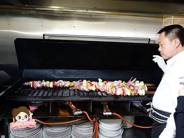 日昇食堂해오름식당巨無霸黑豬肉烤肉串0020.jpg