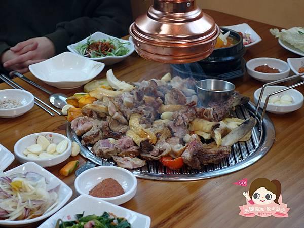 日昇食堂해오름식당巨無霸黑豬肉烤肉串0028.jpg